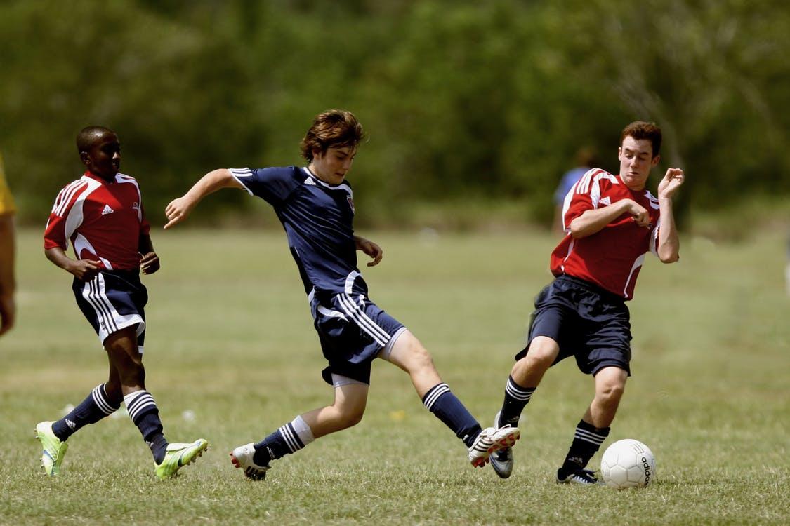 NTB oppretter rundens lag og årets spiller i Toppserien i samarbeid med OBOS