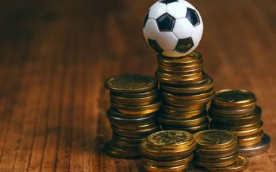Hvor kommer de stadig økende inntektene til fotballspillere fra?