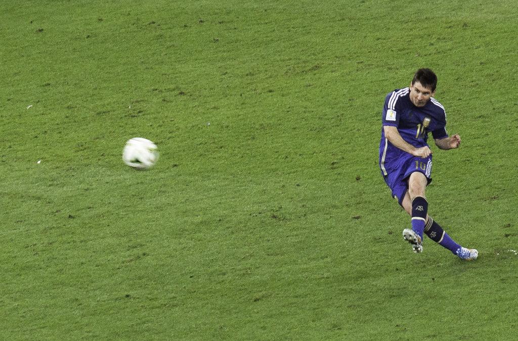 Hvordan kommer de siste omveltningene i Lionel Messis karriere til å påvirke prestasjonene hans på banen?
